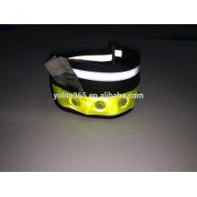 Braçadeira LED reflexiva para correr
