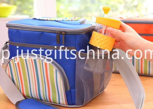 Promotional 600D Striped Cooler Bags W Strap (2)