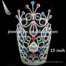 Grandes coroas de cristal alto