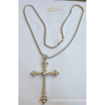 New Style Cross Necklace with Metal Silver