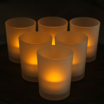 Roman rechargeable LED tealight candle dengan pemegang