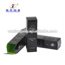 La mode de luxe a imprimé de nouvelles boîtes de empaquetage cosmétique noires élégantes de papier de haut de gamme