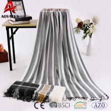 Chine usine aoyatex 100% polyester tissé acrylique couverture chaude