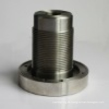Kleines Bronze-Aluminiumteil