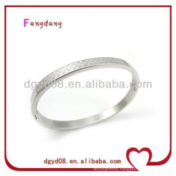 2014 new design popular 316L stainless steel engraved bangle
