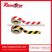 Bicolor slant stripe reflective adhesive tape