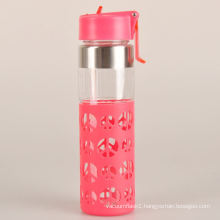 colorful healthy double wall glass glass water bottle with silicone sleeve
