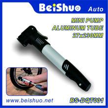 Pompe à main mini design 2010 pour la réparation de bicyclettes