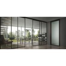 Fabricantes de vidro temperado fornecem vidro de construção para portas externas