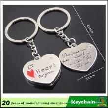 Chaîne principale de forme de coeur pour des amants