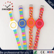Le nouveau style LED de montre-bracelet de sangle de silicone observe le bas MOQ