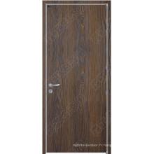 Diverses portes en bois de la pièce, portes en bois de style HDF, couleurs différentes