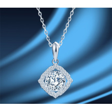 Simplicity Fashion Women′ S Jewelry Sterling Silver 925 Jewellery Moissan Diamond 1 Carat Luxury Bling Bling Necklace