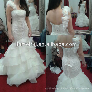 Free shipping elegant white ivory one shoulder tiered organza lace up back handmade flower bridal gown wedding dress JWD055