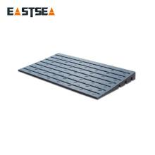 Rampe de bordure de porte en caoutchouc noir de 610 mm de largeur