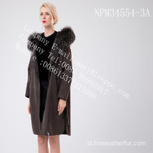 Lady Hooded Medium Hooded Fur Coat
