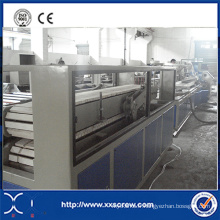 Profil en plastique / machine d'extrudeuse de panneau