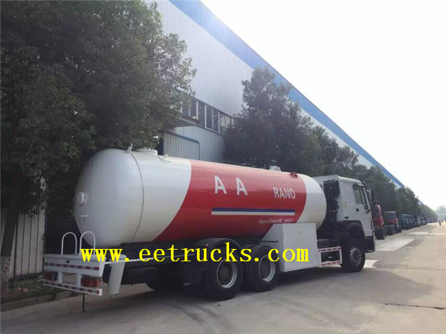 12 MT LPG Tanker Trucks