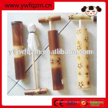 Venta caliente Pequeña pistola de agua de bambú Juguete