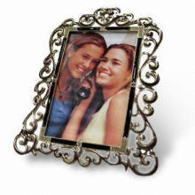 Photo Frame, Various Colors are Available, Made of Metal