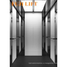 Современное оформление пассажирского лифта с зеркальным травлением