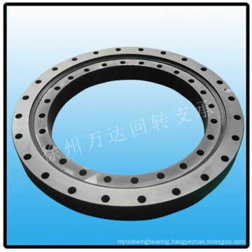 Slewing bearing with ungeared for solar system
