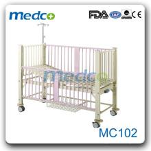 MC102 One-crank manual hospital kids beds with slide