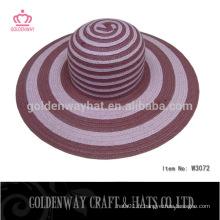 Chapeaux de plage en paille