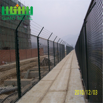 Diamond+Wire+Mesh+Chain+Link+Fence