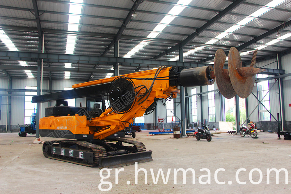 Crawler rotary screw drilling rig