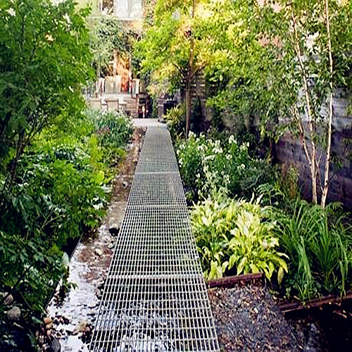 Steel Grating Garden Walkway