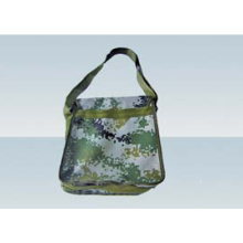 Le sac à bandoulière militaire est pratique et pratique