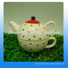 Fashionable design ceramic tea pot with cup for wholesale