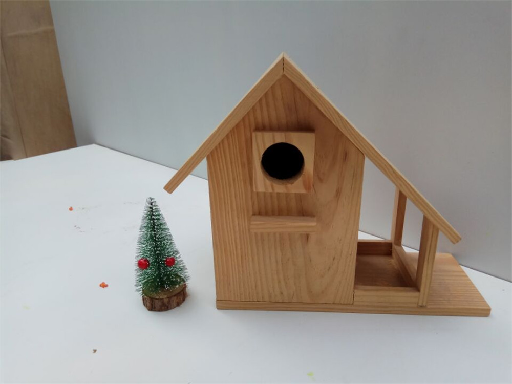 resistance to wind and rain comfort wooden bird house