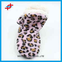 2016 fashion colored leopard pattern winter home boots,warm and soft for wholesale
