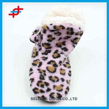 2016 Mode farbigen Leopard Muster Winter Haus Stiefel, warm und weich für Großhandel