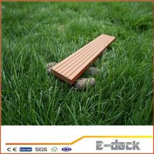 Plaque en plastique en bois WPC pour terrasse extérieure