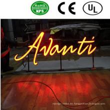 Tienda al aire libre LED muestra de la letra de canal iluminada delante