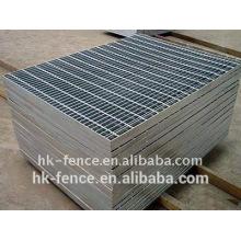Le fabricant professionnel a plongé à chaud le grillage de barre en acier galvanisé Caillebotis en acier de plate-forme
