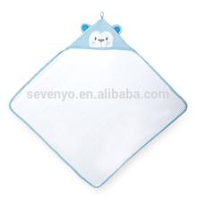 Toalha de capuz com orelhas de bebê dos miúdos 3D - branco / azul, estilo macaco bonito, 100% algodão natural, super macio e absorvente