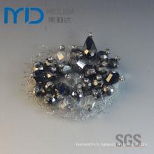 Boucle de fleur à la chaussure avec des diamants