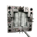 Máquina para hacer moldes de metal y piezas de plástico