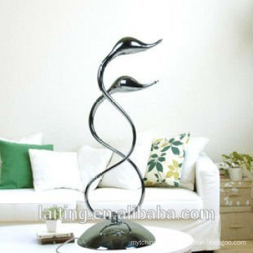 Double swan neck modern writing table lamp