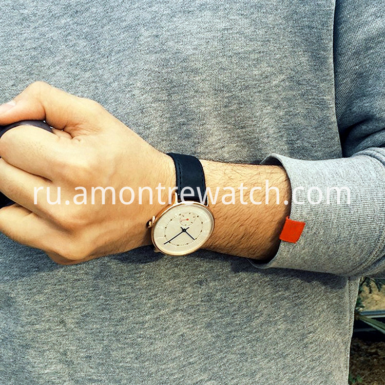quartz wrist watch