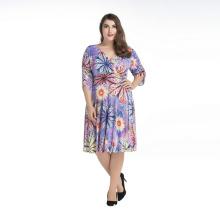 Böhmen Stil Frauen Blumendruck Kleid V-Ausschnitt halbe Hülse Polyester plus Größe Kleider
