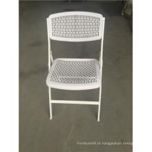 Cadeira dobrável plástica de cor branca