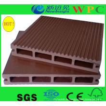 Cehap! Weinlese Beliebte Outdoor Hollow WPC Composite Decking mit CE, SGS, Europa Stnadard
