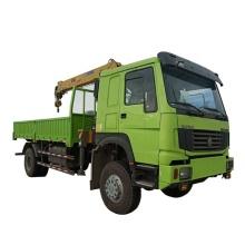 Grúa sobre camión de 8 toneladas Grúa telescópica de brazo recto