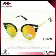 Óculos de sol da moda das pernas de madeira