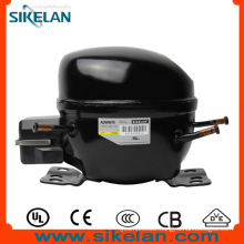 Small Vibration Adw66t6 AC Compressor
